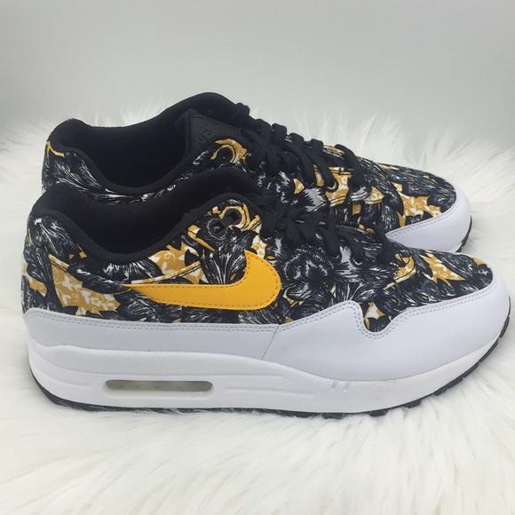 sale retailer 9c73e c4faa New Nike Air Max 1 QS Floral Print